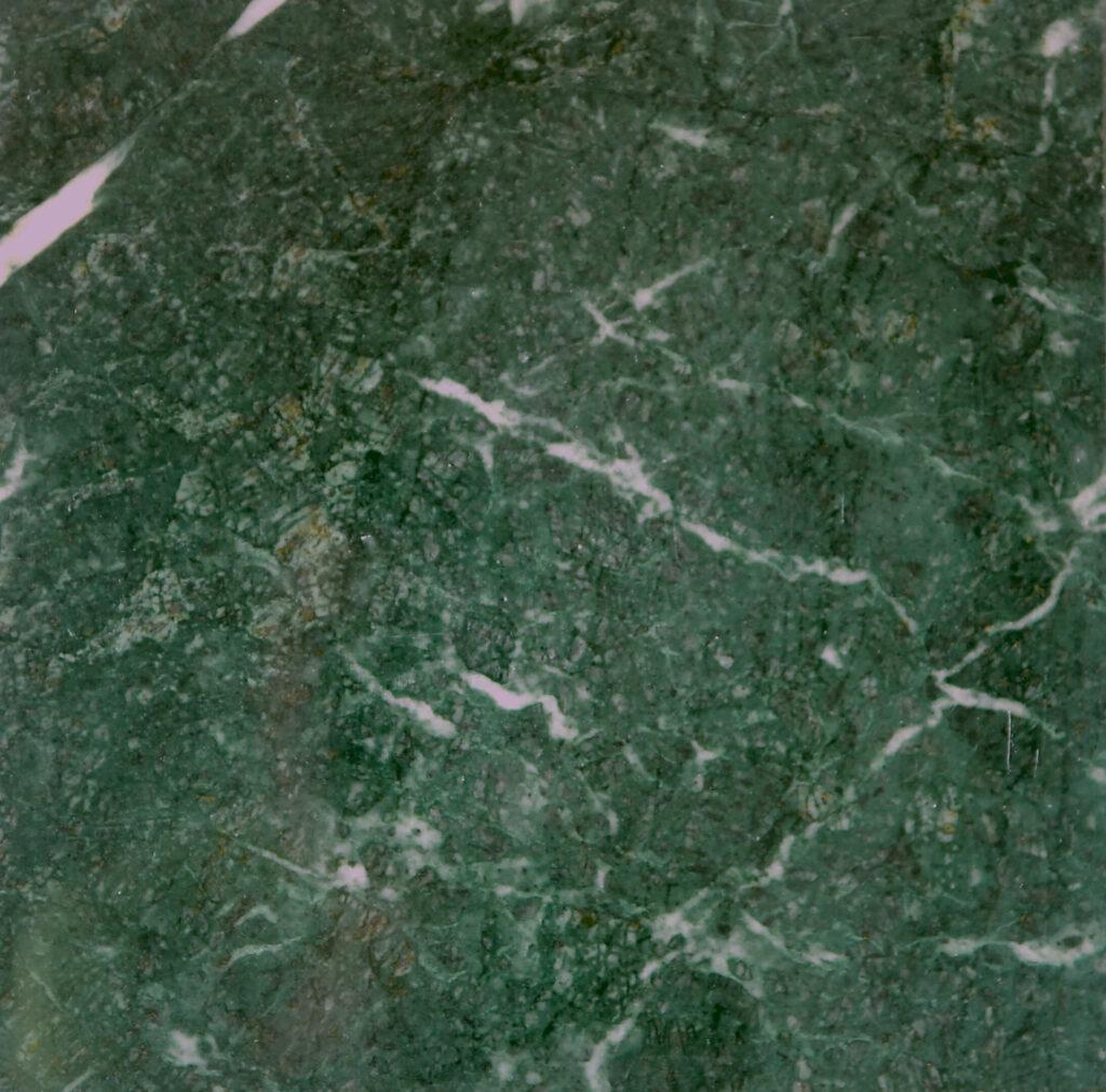 pavimenti-e-rivestimenti-in-marmo-per-esterno-giardini