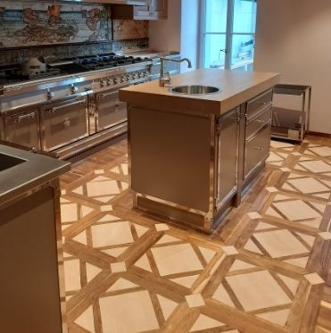 WORKINGS AND COVERINGS IN WOOD, PARQUET, STONE FLOORS, MADE-IN-ITALY (2)
